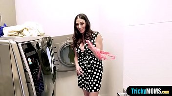 Busty latina MILF stepmom fucks during doing laundry