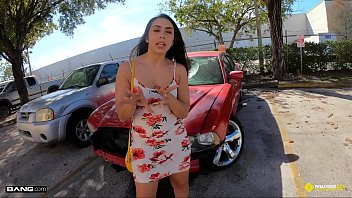 Red fucking mechanical dildo Roadside - latina fucks her car mechanics dick for a favor