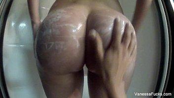 Tia nude pics Vanessa cage tia cyrus shower