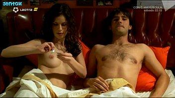 Lidia San José desnuda en Cosa De Brujas