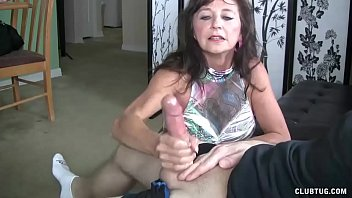 Milf Offers This Dude A Quick Release