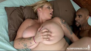 Latex plumper Big tit bbw slut fucks friends black boyfriend