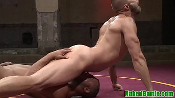 Gay street fight Black wrestling jock cocksucks after fighting