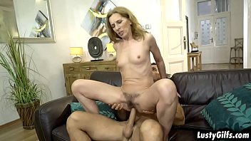 Young stud loves it when mature woman Viols MILF pussy is hairy and licks it with his horny tongue