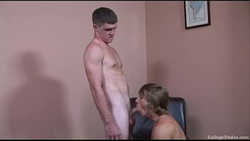 Jerry Ford Fucks Tom Faulk's Tight Ass With His Big Cock - free full length gay Vorschaubild