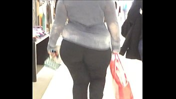 keep wobbling candid bbw  preview image