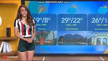 La presentadora del tiempo que arrasa en TV, Yanet García