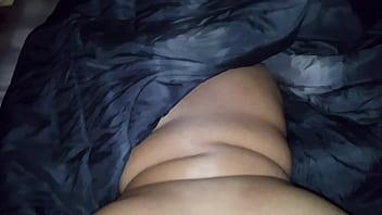 Midget and woman Juicy big booty