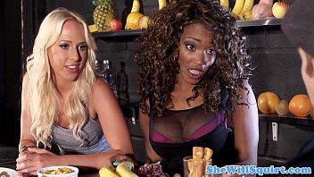 Squirting blondes threeway fun with ebony pal