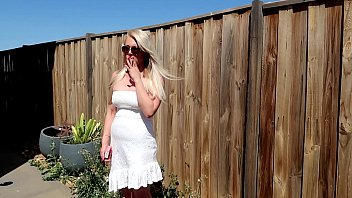 PREVIEW BLONDE OUTDOORS CHAIN SMOKING CIGARETTES SUNGLASSES DRESS SMOKING FETISH