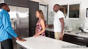 Teen Gets Stuffed By 2 Black Cocks To Pay Off Fathers Debt Vorschaubild