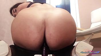 Gorgeous Busty BBW Sucks and Riding on Dildo