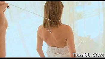 Hunks resistence is crumbling with babes insistent orall-service stimulation