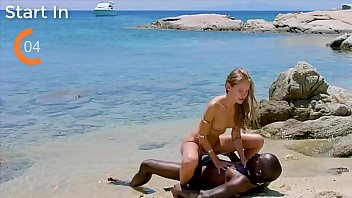 Teen White Girl Caught When Get Fucket Buy A Black Guy On A Nudist Beach