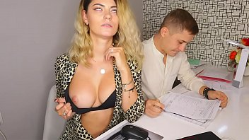 Streaming Video Anybody have a thing for slutty little secretary here? - XLXX.video