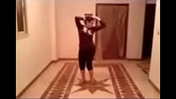 9940 زينب شرموطة امبابة رقص و هيجان الفيديو الكامل preview