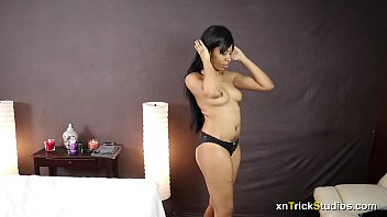 18646 Ebony Teen Massage And Happy Ending Preview preview
