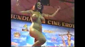 Arab nude dancer