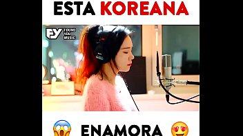 ESTA KOREANA ENAMORA!! ?? Descarga la canción httpsgoo.glUt4bVk JFla Com