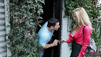 Julia ann - milfs making money - scene 1