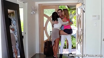 Horny Step-sis Fucks Her Bro Home From College