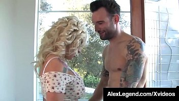 Fat Cock Alex Legend Stuffs His Dick Into Vyxen Steele!