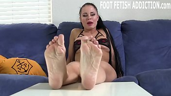 Your foot fetish is a real turn on Thumbnail