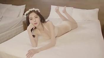 公众号【91报社】韩国模特白色蕾丝唯美写真1
