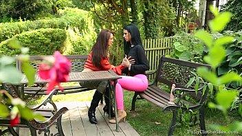 Allyssya LOOP Vorschaubild