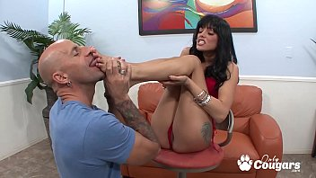 Sadie West Licks Cum Offer Her Sexy Little Toes