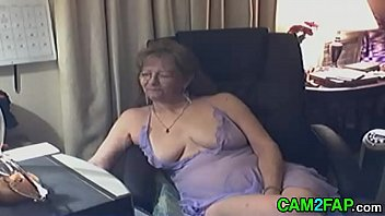 Lovely Granny with Glasses Free Webcam Porn Thumb