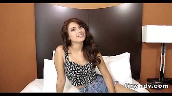 Sexy teen pussy streched giselle mona 4 41