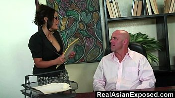 RealAsianExposed - Jessica Bangkok Is the Best Secretary Ever