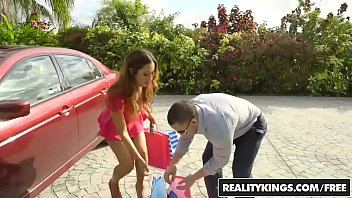 RealityKings - Milf Hunter - How To Get A Milf