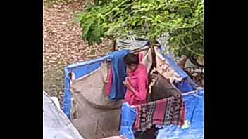 Indian girl bathing outdoor part 2 full nangi