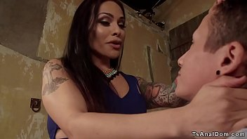 Busty tranny anal fucks young roommate