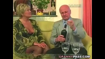 Women in sexy stockings - Chubby granny gets pounded in stockings