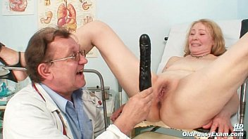 Gyno doctor speculum examines old mature pussy Sofie