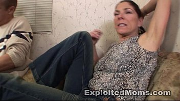 Free black milf porn Amateur mom does a black cock in her 1st sex milf video