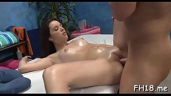 Striking floosy Jaslena Jade blows dinky and bounces it