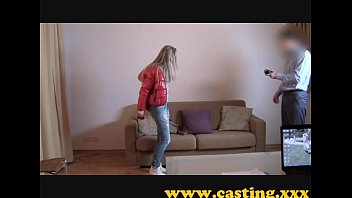 Casting - Athletic babe cums for real 8 min