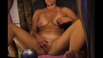 Matures in bikinis - Mature with bikini lines uses her favourite toy on cam - bunniesoflincoln.com