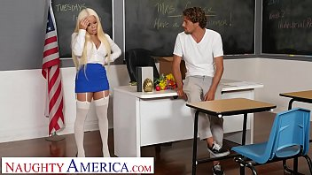 Naughty America- Nikki Delano gets sperm donated by student thumbnail