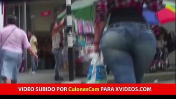 Culona PREPAGO Venezolana En mi Barrio VIDEO COMPLETO AQUI: http://cutwin.com/lUWyR