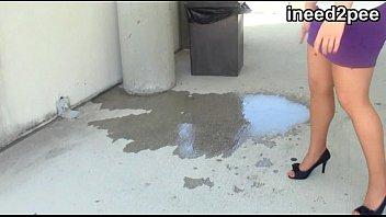 Eurotrip peeing scene Ineed2pee omorashi pants wetting behind the scenes 31