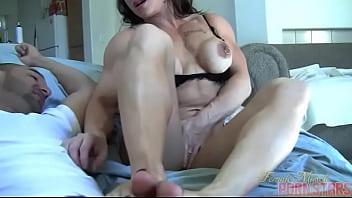 Female Muscle Porn Star Brandimae Needs Servicing