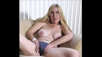 Hairy mature strips - Milf porshas 1st nude pantyhose strip