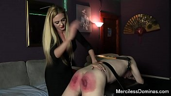 Strict mother spank A classic spanking