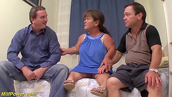 mature midget first threesome - 69VClub.Com