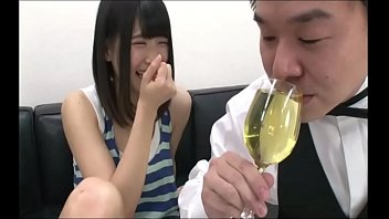 JAPANESE Girl Piss! 2 FULL VIDEO HERE: https://shon.xyz/uHUZI Vorschaubild